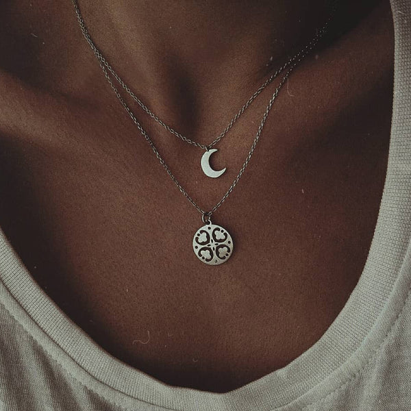 Chic Moon Clover Necklace