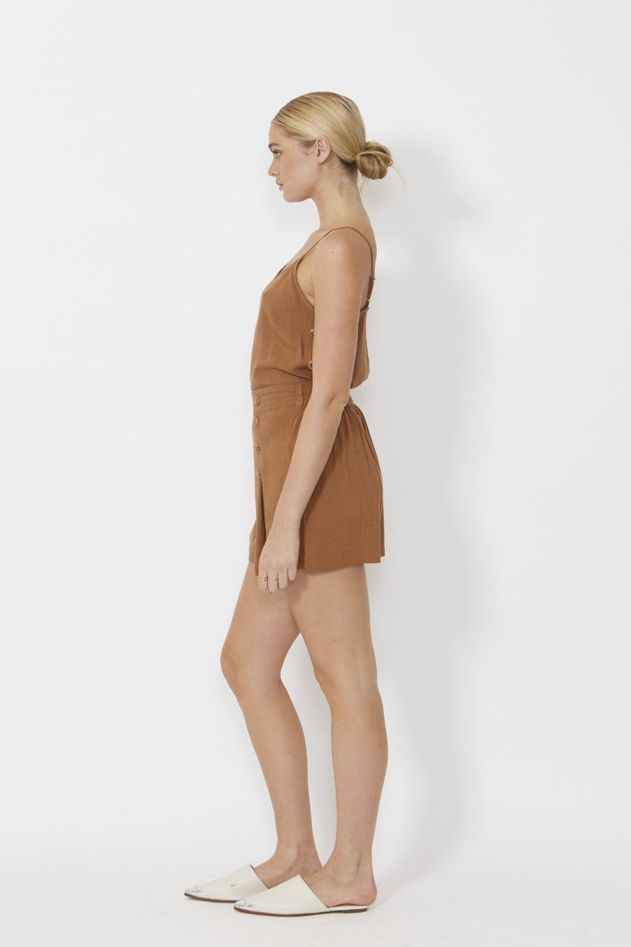 Solei Short Women Mocha | Lyn Rose Boutique