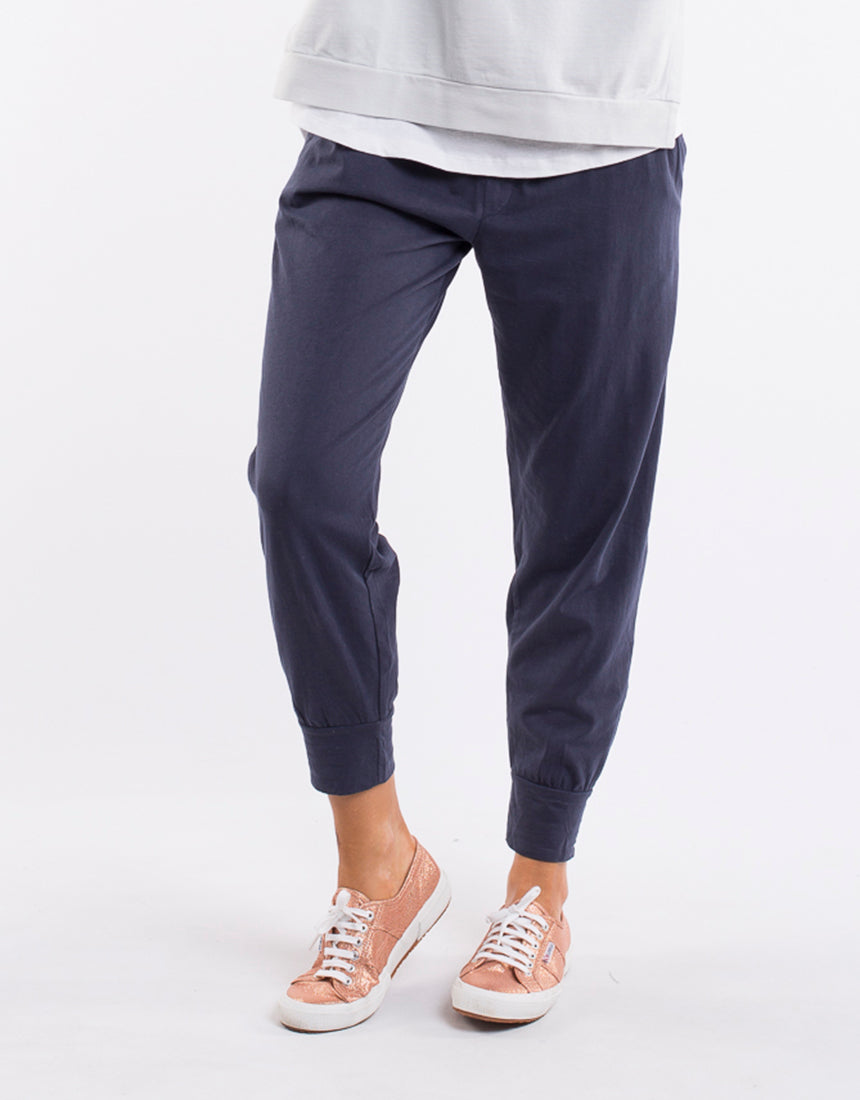 Wash Out Pant WomenI Navy | Lyn Rose Boutique