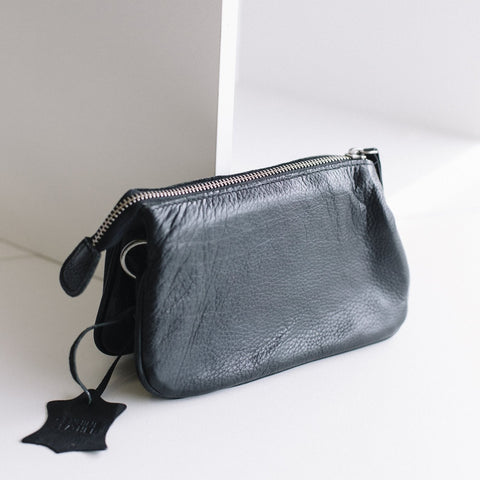 St Kilda Clutch - Black
