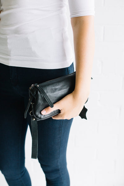 St Kilda Clutch Black | Lyn Rose Boutique