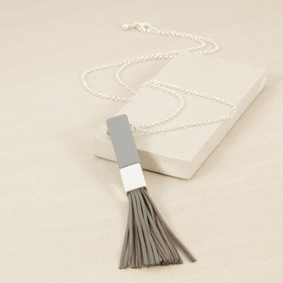 Resin Bar & Tassel Necklace Women | Lyn Rose Boutique