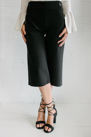 Black Crop, Button detail pants