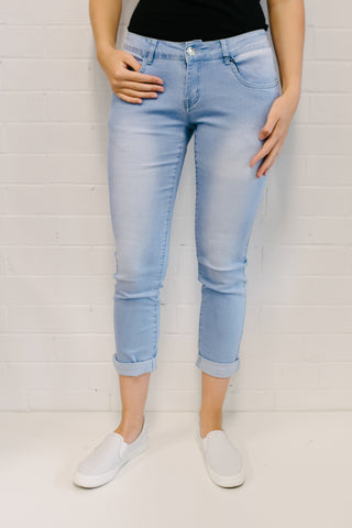 C/D Boyfriend Jean Light Wash