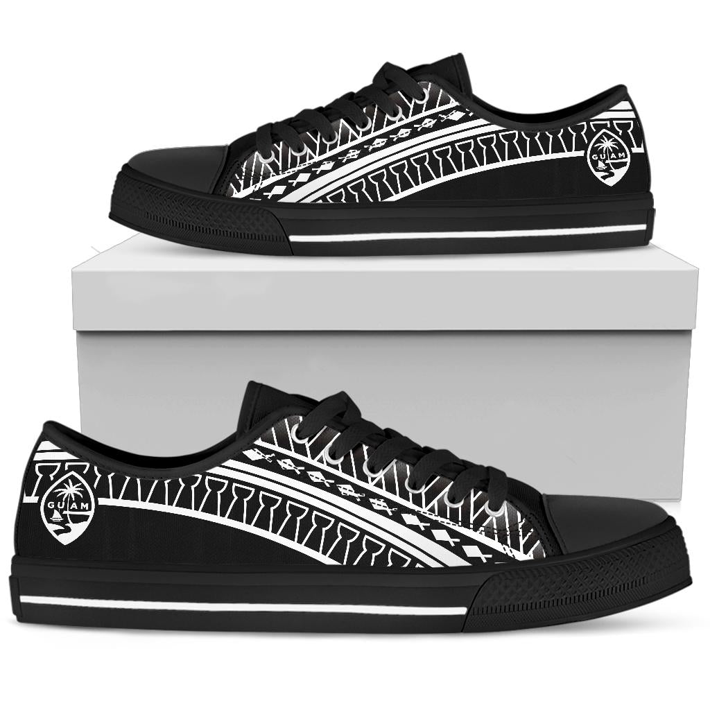 Guam Seal Tribal Low Top Shoe