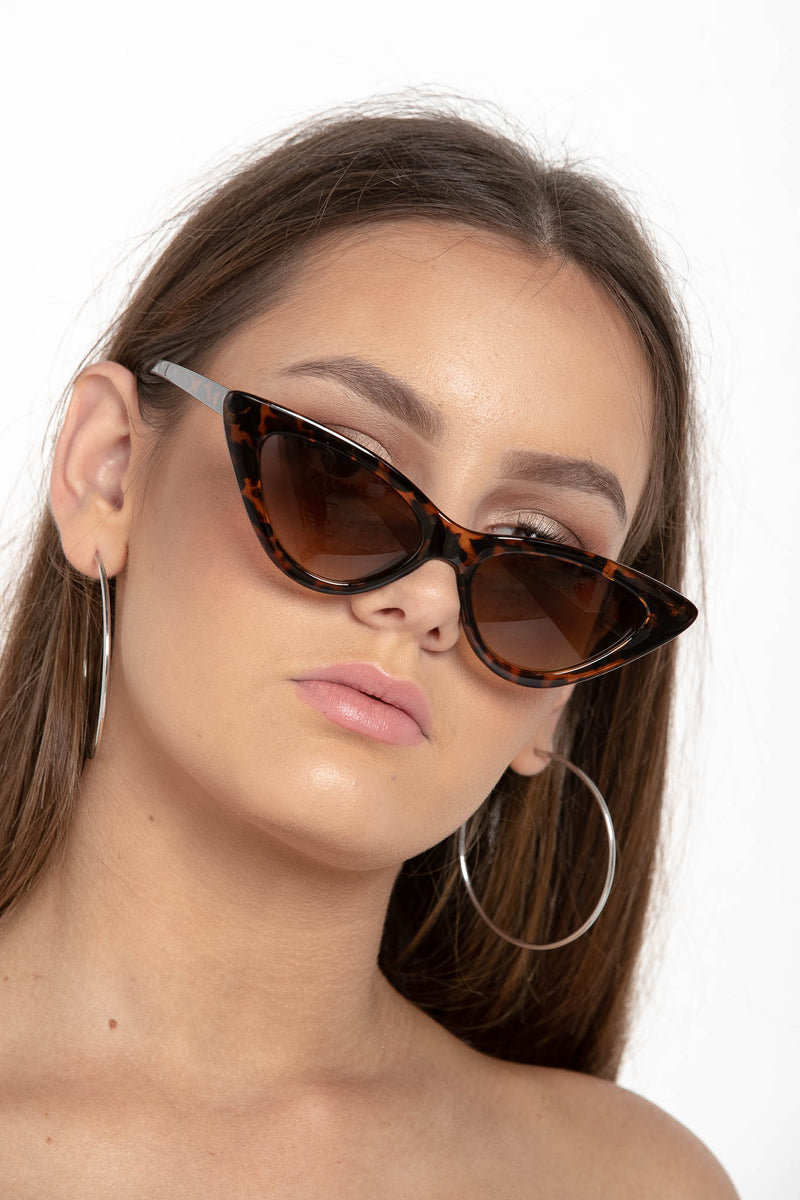 SUMMER SKY CAT EYE SUNGLASSES TORTOISE - CHICKABERRY BOUTIQUE Australia Womens