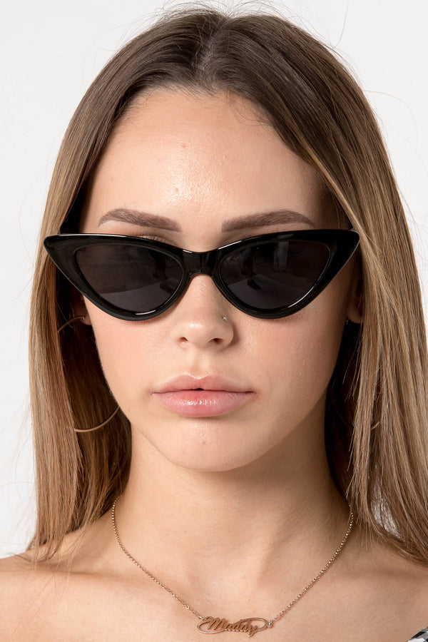 SUMMER SKY CAT EYE SUNGLASSES BLACK - CHICKABERRY BOUTIQUE Australia Womens