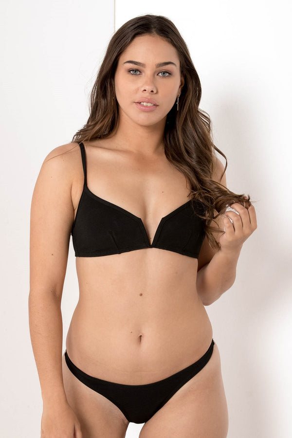 AU 8 FORGOTTEN VENDETTA RIBBED BIKINI BOTTOM JET BLACK - CHICKABERRY BOUTIQUE Australia Womens