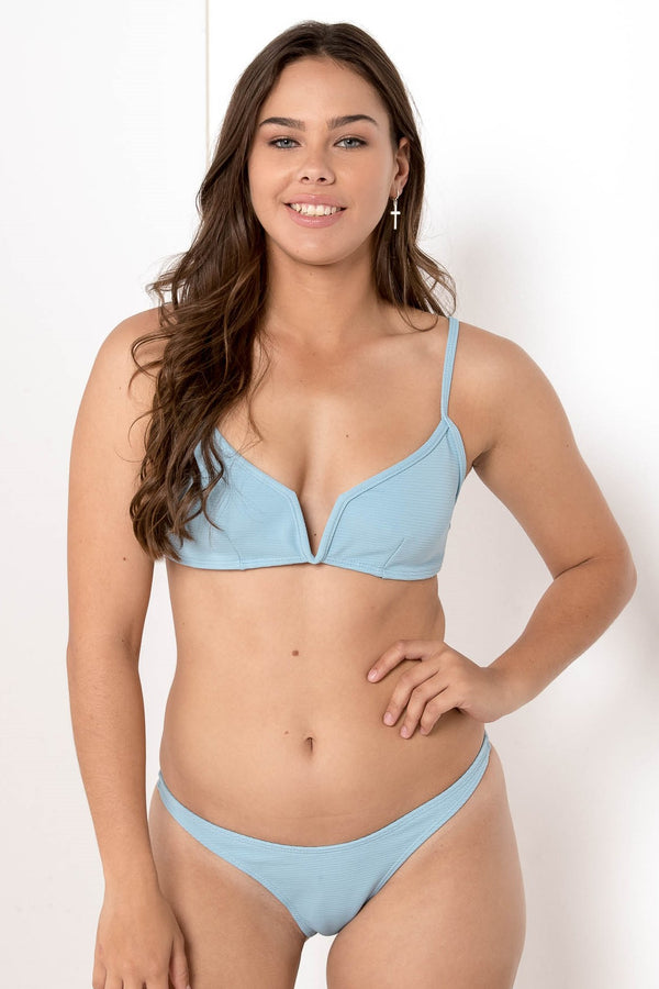 AU 6 FORGOTTEN VENDETTA RIBBED BIKINI BOTTOM SKY BLUE - CHICKABERRY BOUTIQUE Australia Womens