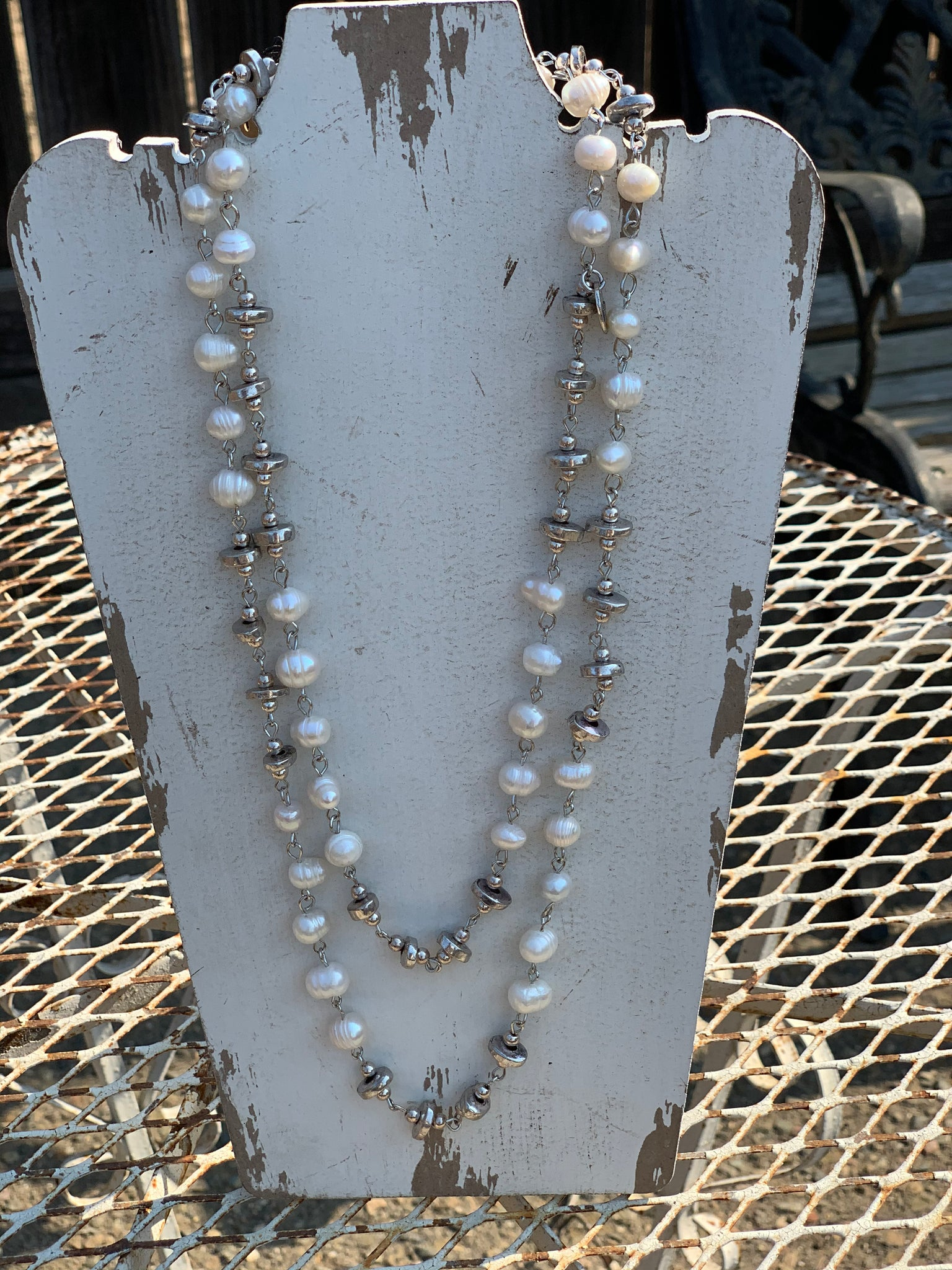 Lizou Pearl Necklace