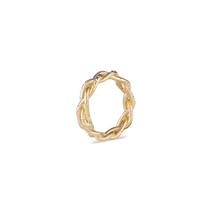 The Natalie McMillan Braided 14k Gold Taylor Ring, as we say in the Bay Area, hella comfy. Sure to be that ring that you just never take off. Pairs perfectly with the Lillian Bangle and Casandra Hoops!