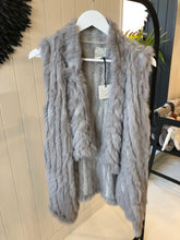 Load image into Gallery viewer, Fur Vest - Silver