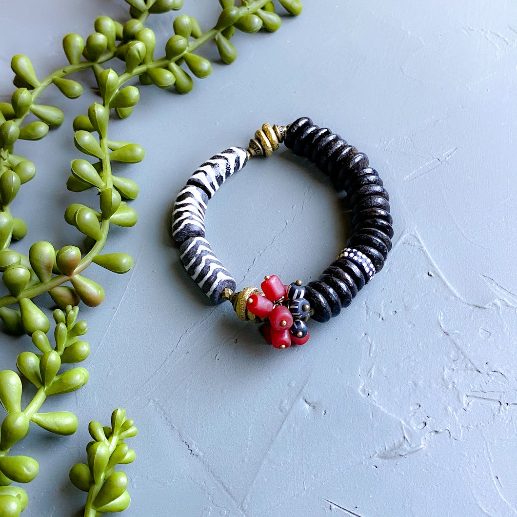 Black and Cranberry Cluster African Beaded Bracelet