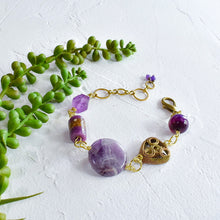 Load image into Gallery viewer, Amethyst and Purple African Beaded Charm Bracelet
