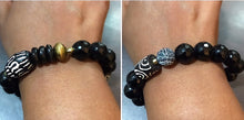 Load image into Gallery viewer, Black Agate and African Bracelet with Recycled Glass - Afrocentric jewelry