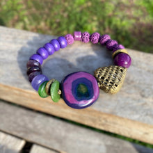 Load image into Gallery viewer, Purple Kazuri Africa Beaded Bracelet