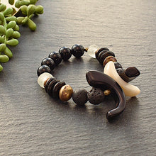 Load image into Gallery viewer, XXO Bracelet- Black and White - Afrocentric jewelry