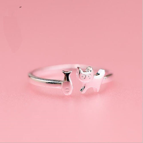 Silver Happy Cat Eating Fish Ring