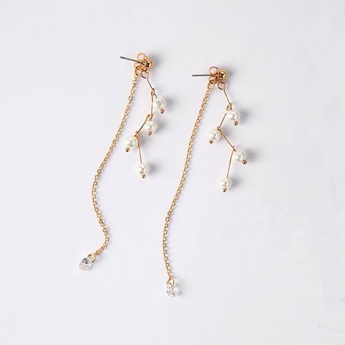 Z Shape Design Pearl Long Earrings