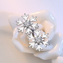 Load image into Gallery viewer, Classic CZ Crystal Snowflake Stud Earrings