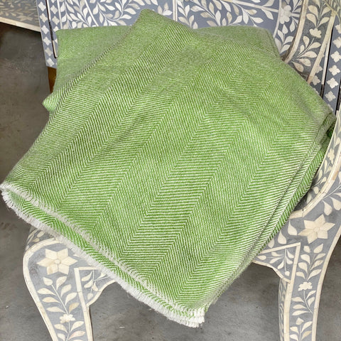 Cashmere Throw - Apple Green Thin Zig Zag