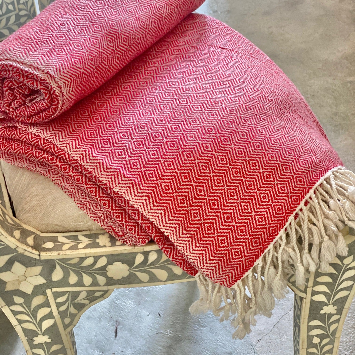 Cashmere Throw - Red Diamond