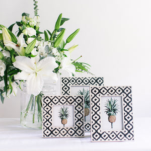 Black Moroccan Pattern Photo Frame