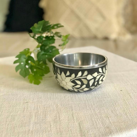 Black Bone Inlay Floral Bowl