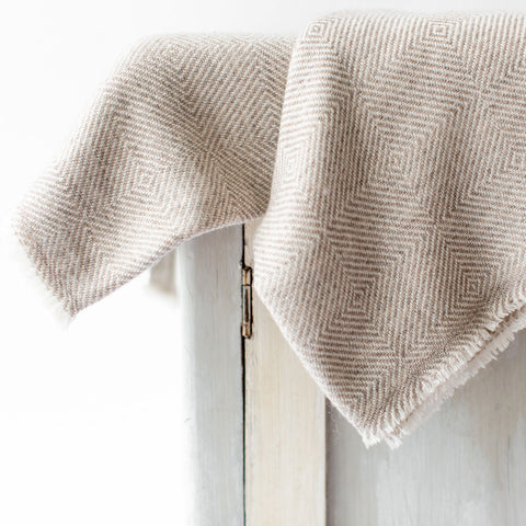 Cashmere Throw - Tawny Large Diamond