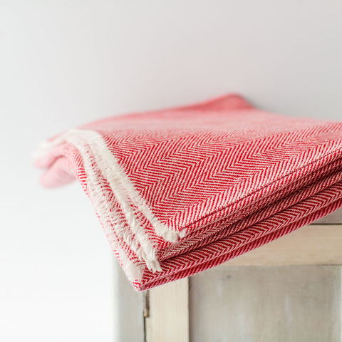 Cashmere Throw - Red Zig Zag