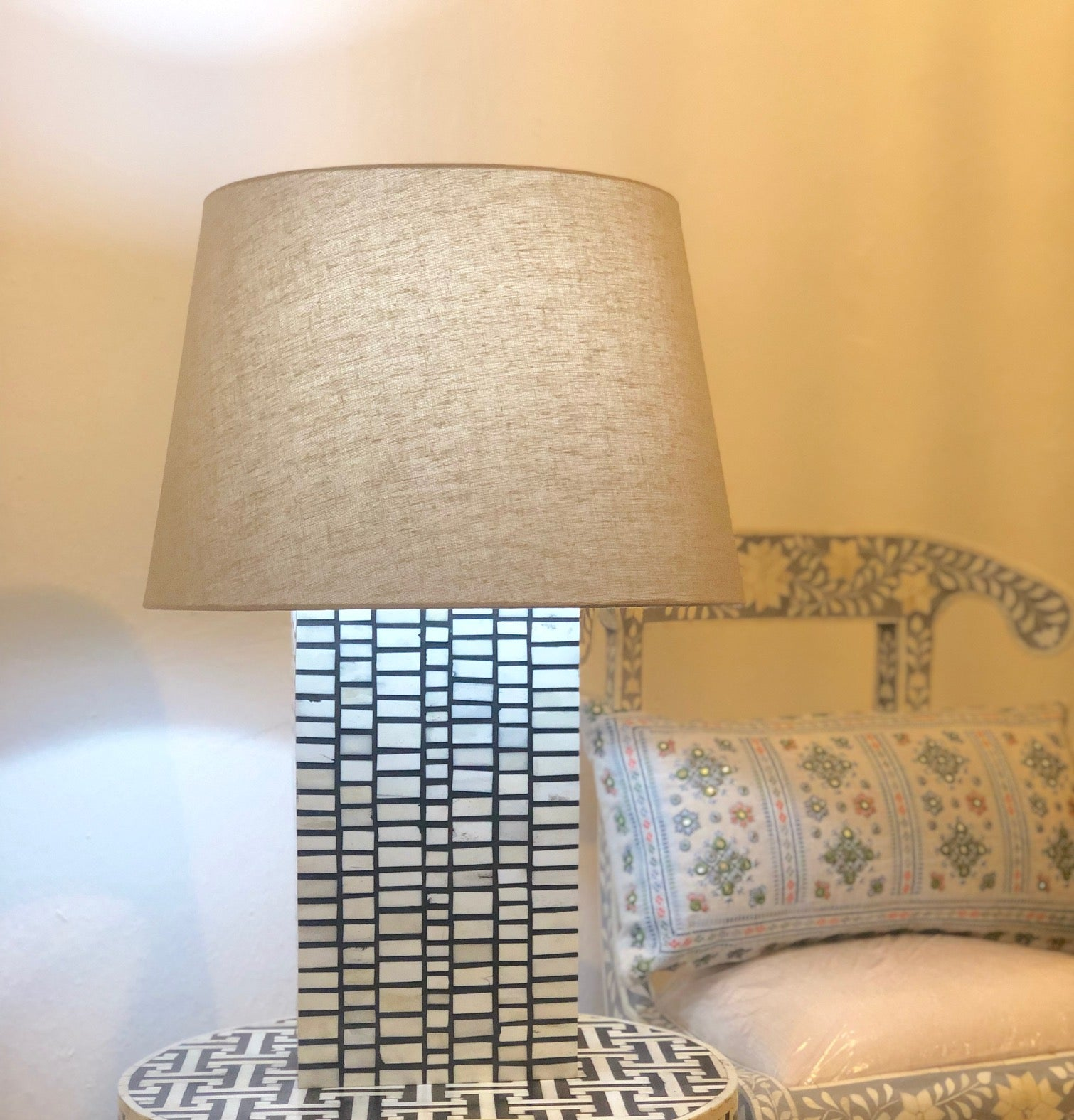 Black Match Stick Pattern Table Lamp