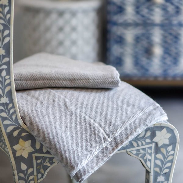 Cashmere Throw - Pale Grey Stripe
