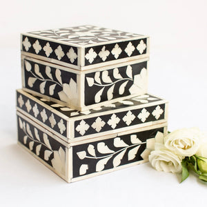 Black Leaf Pattern Box