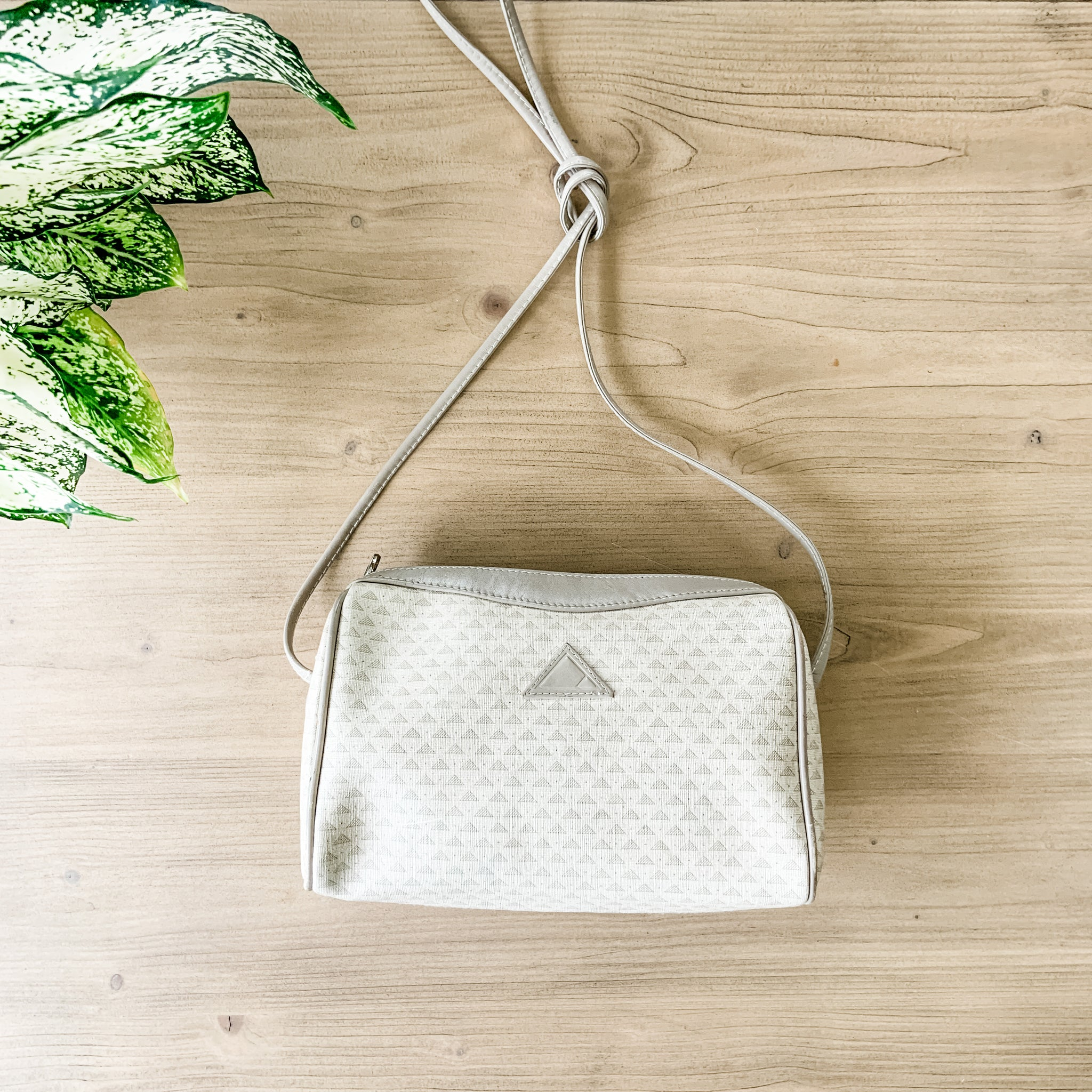 Vintage white cross body purse
