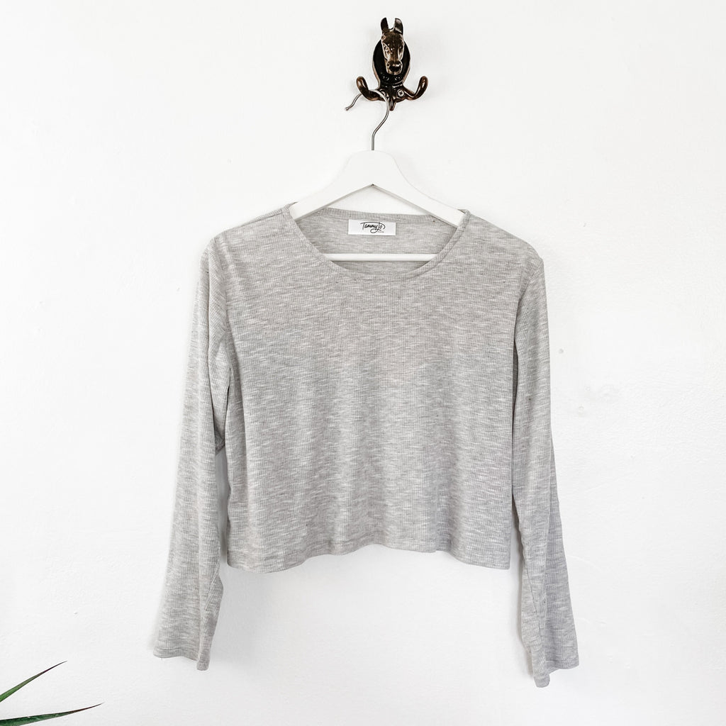 TJF Gray Cropped Basic Long Sleeve