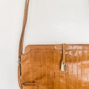 Beautiful vintage camel leather Crossbody bag