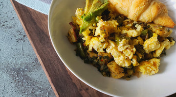 KALE POTATO SCRAMBLE