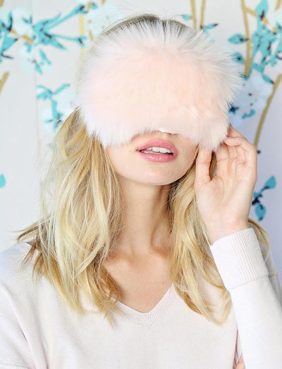 Fluffy Eye Mask in Peachy Pink