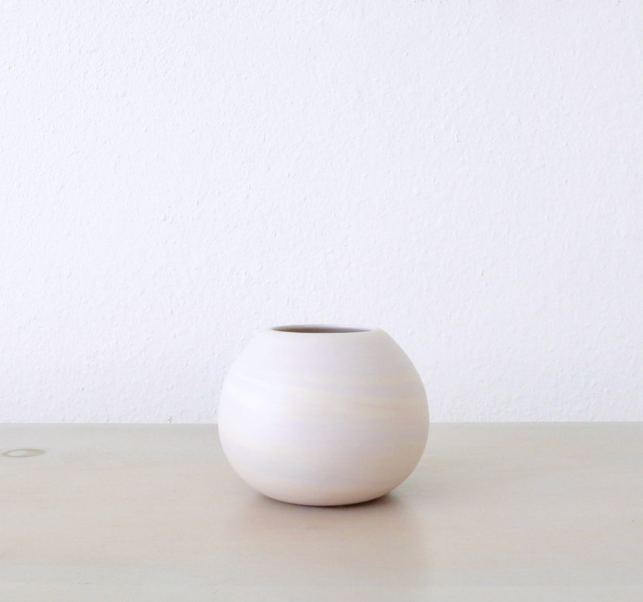 LAVENDER | DUSTY MAUVE MARBLE SMALL ORB VASE