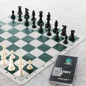 The Differences between Vinyl and Silicone Chess Boards