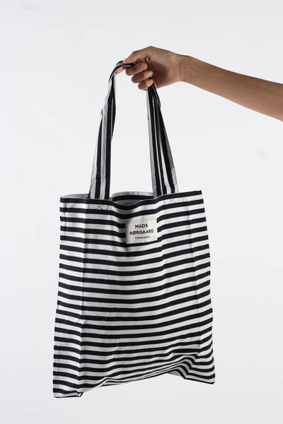 Atoma Sacky - Black/White - Mads Nørgaard