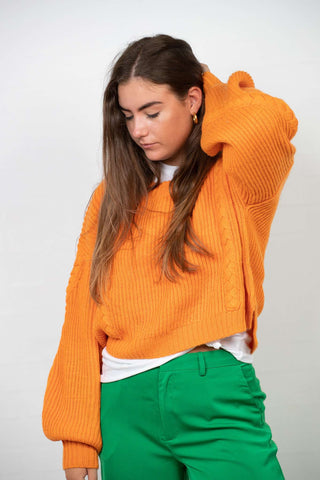 Short Cable Knitted Sweater i Orange fra NA-KD
