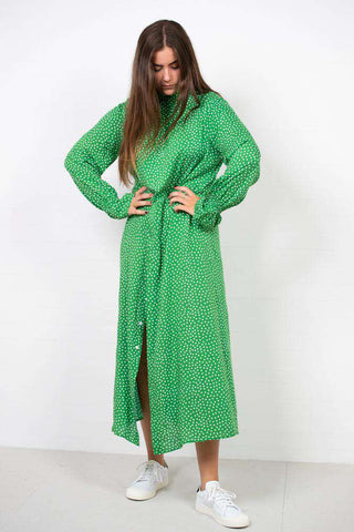 Viscose Play Daska Dress - Green Dot fra Mads Nørgaard