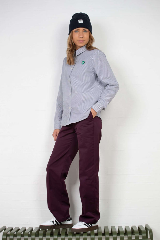 Veneda Trousers - Burgundy fra Wood Wood