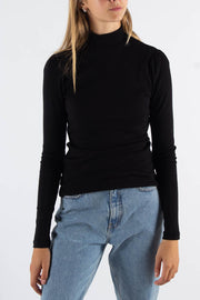 Fienna Long Sleeved T-shirt - Black - Moves