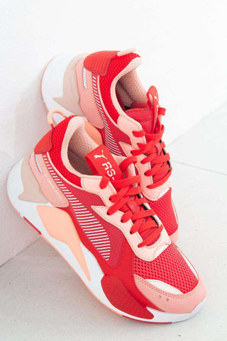 RS-X Toys - Bright Peach-High Risk Red fra Puma