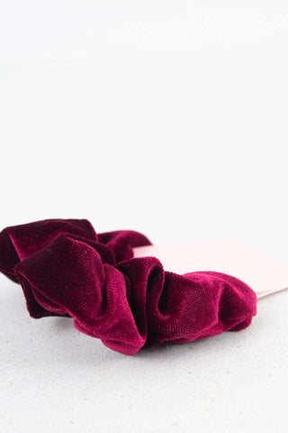 Small Velour Hair Elastic - Red fr asui Ava 1