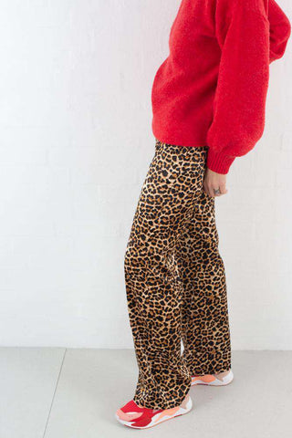 Flared Shiny Leo Pants - Leoprint fra NA-KD