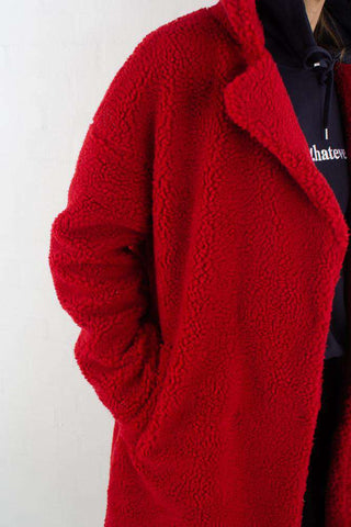 Teddy Coat - Red fra NA-KD - outfit