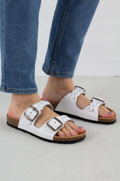 White Cara Leather sandal fra Shoe The Bear